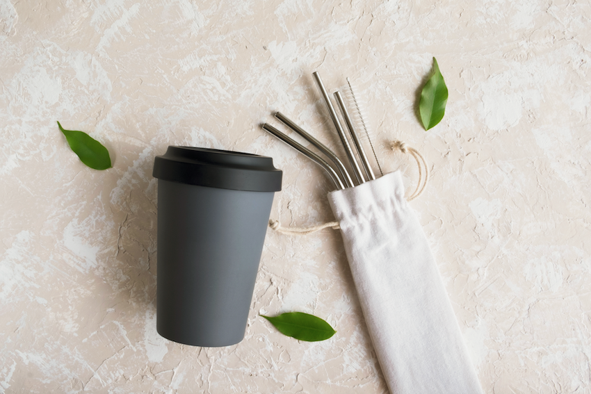 Plastic free tips - reusable coffee cup and straws